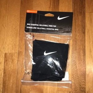 Nike Volleyball Knee Pads Size: XL/XXL
